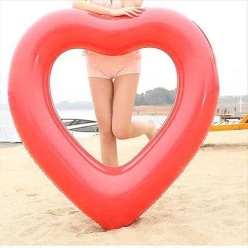Bouée cœur rouge