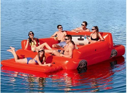 Bouée géante gonflable voiture plage