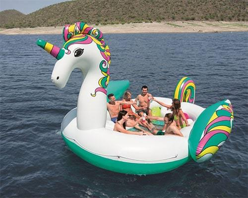 Bouée géante licorne festive plage
