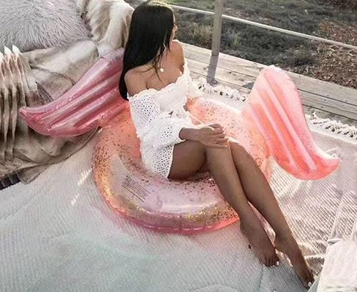Bouée ronde ailée rose